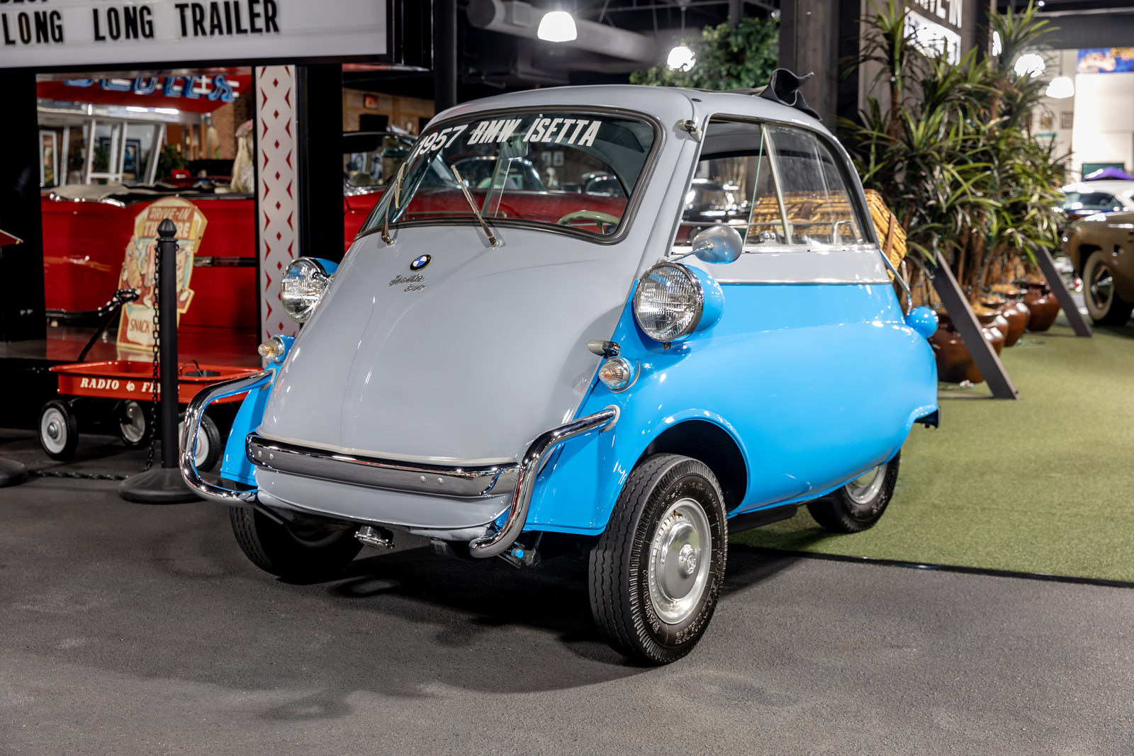1957 BMW Isetta 300 - Day Family Classic Cars